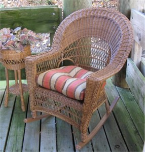outdoor-wicker-rocker
