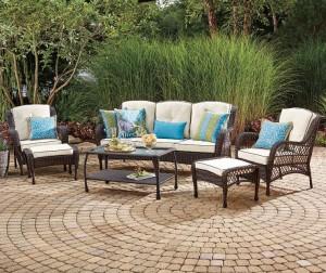 patio-furniture-garden